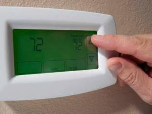 How to Control Heating Costs With Your Thermostat